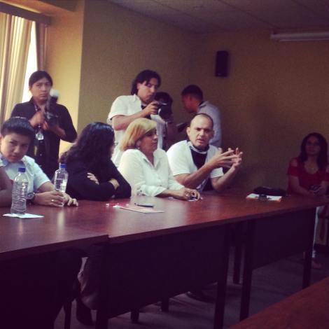 GLBTI se reunen con Presidenta de la Asamblea para presentar propuestas 4