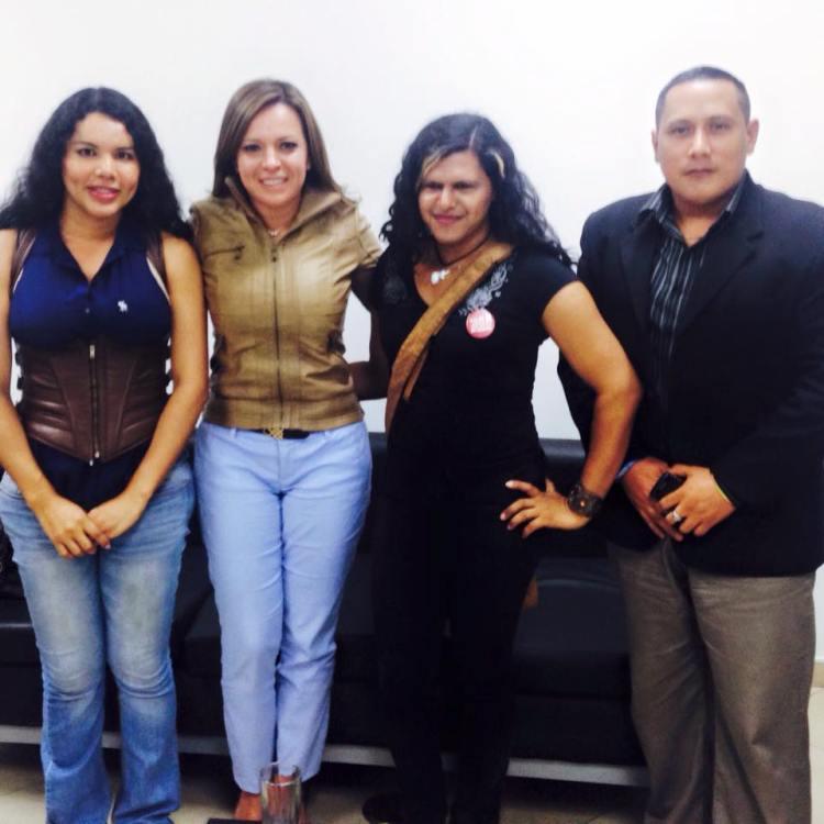 La Asociación Silueta X a través de Diane Rodríguez se reune con la Minista de Justicia Ledy Zuñiga para tratar temas de interes LGBT