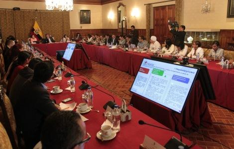 5ta Reunión entre Poblaciones LGBT y el Presidente del Ecuador Rafael Correa - Acuerdos (5)
