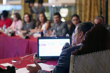 5ta Reunión entre Poblaciones LGBT y el Presidente del Ecuador Rafael Correa - Acuerdos (7)