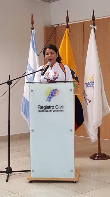 Transexuales logran la sustitución de sexo por genero en la cedula en Ecuador (11)