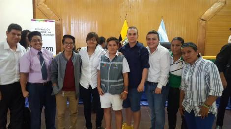 el-acuerdo-por-la-igualdad-ecuador-lgbti-por-un-voto-inclusivo-lgbti-fernando-machado-y-transmasculinos