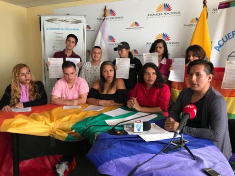 LGBTI Convocan al NO en 2 3 y 6 preguntas de la COnsulta Popular y solicitan a lenin moreno cumplir con los acuerdos (4)
