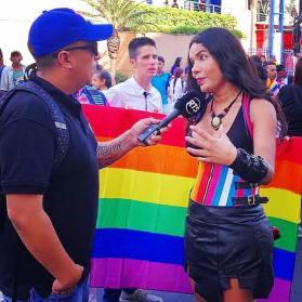 Fotos no profesionales del Orgullo Guayaquil Pride Gay Ecuador 2018 - Diane Rodriguez transgenero outfit mujer maravilla amazona wonder woman LGBT (8)