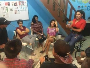 Asociacion Silueta X imparte taller para reaccionar ante el abuso de poder en parejas-Diario El Diverso Ecuador 5 (4)