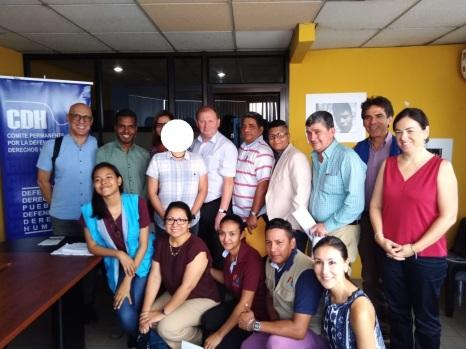 Asociación Silueta X y Trans masculinos Ecuador se reunecon el Relator Especial en Salud física y mental Dainus Puras (1)